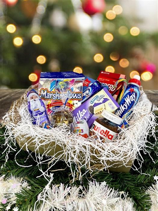 Новогодний сладкий подарочный набор - фото 6237