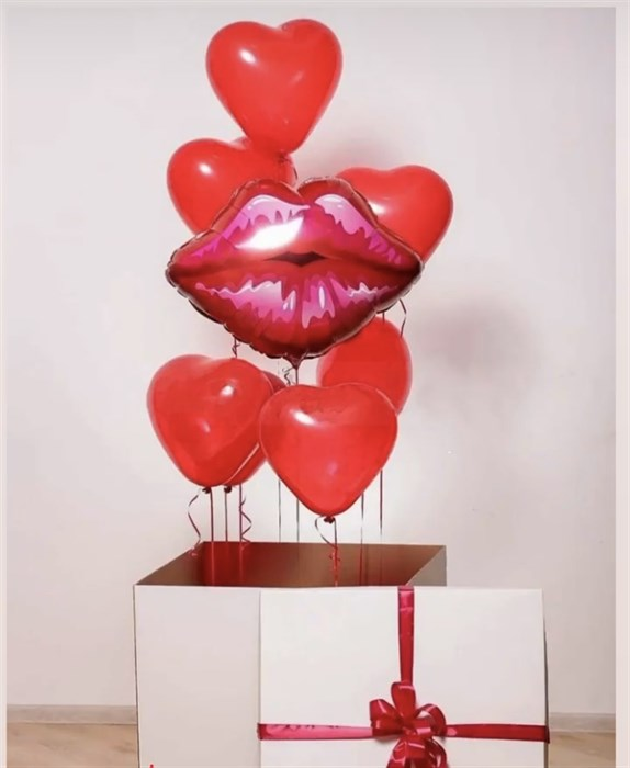 Коробка с воздушными шарами на 14 февраля «Поцелуй» - фото 6559