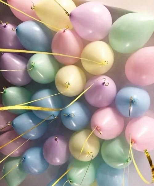 Воздушные шары под потолок «Макарунс» - фото 6847